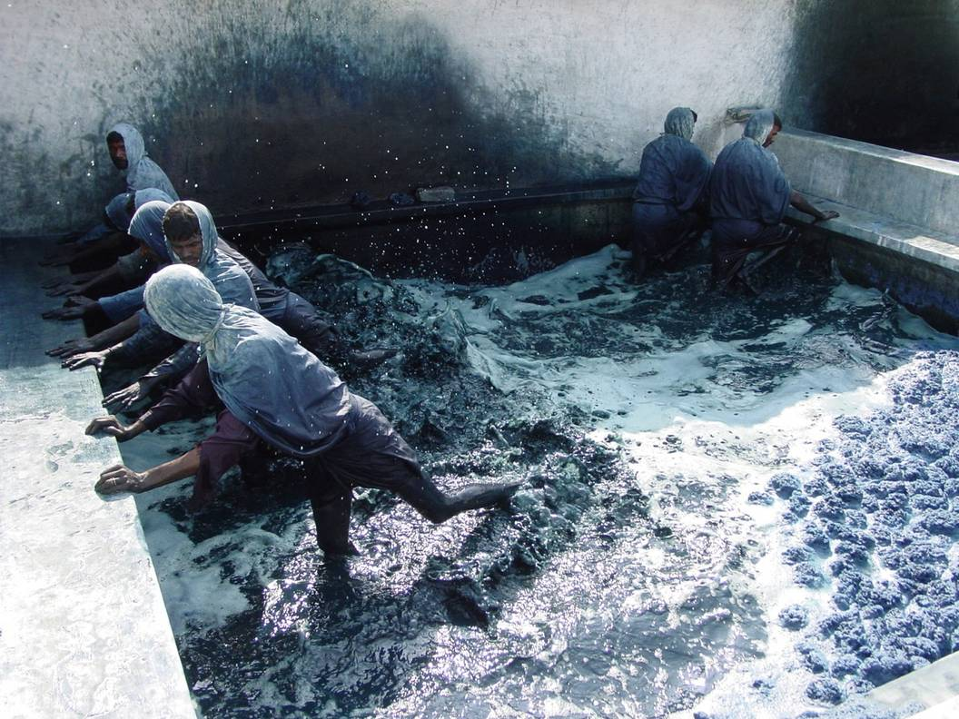 Natural Black Dye For Clothes
